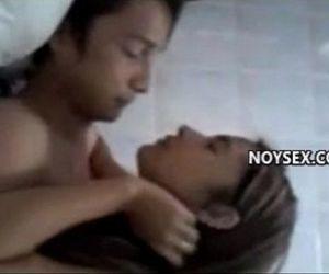 Love na love ni Pinay ang boypi, isinuko ang puday - 5 min