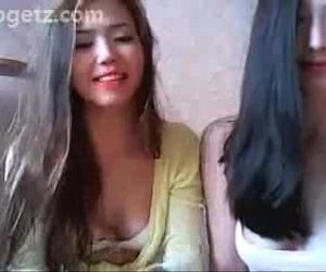 2 asian girls striptease at jogetz pahubad scandal - 1h 49..