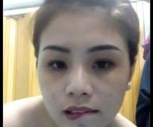 Horney Vietnamese gaudanang tran in Shower - 21 sec