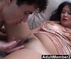 AdultMemberZone - He makes her squirt so much she cant..