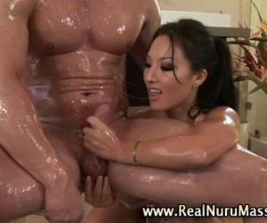 Wet asian fetish masseuse babe - 5 min