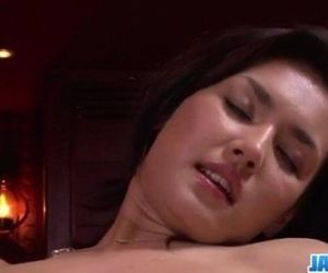 Maria Ozawa receives pleasure down her hairy love hole -..