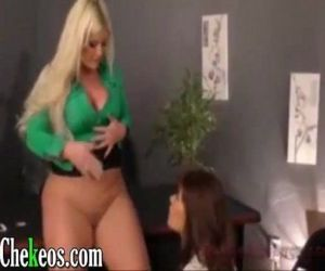 My wife lesbian mature busty blonde head to jovenicita..