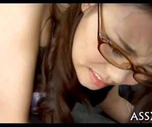 Uncouth oriental anal toying - 5 min