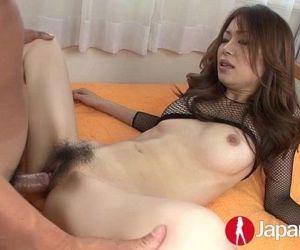 Japanese Milf likes creampie - 12 min HD