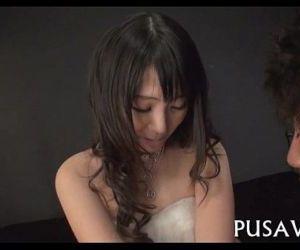 Large nipple wench seduction - 5 min