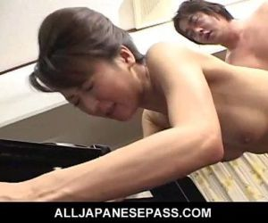 Horny babe in a kimono has her pussy fingered and fucked -..
