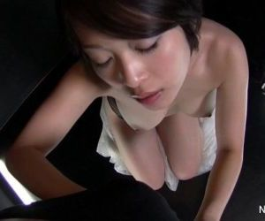Asian slut gives a sexy POV blowjob - 7 min HD