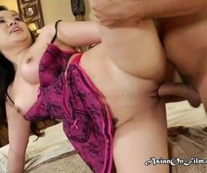 Give me your cum now lucky needs to taste his cum in her..