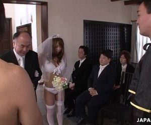 During her wedding she has to suck on a hard wiener - 6..