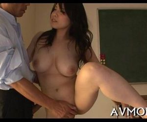 Floozy milf oriental sucks on hard cock - 5 min