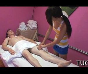 Incredible fuck during massage - 6 min