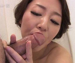 41Ticket - Japanese Mature Masturbates and Sucks Cock in..