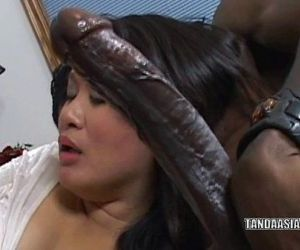 Curvy cutie Kiwi Ling is on her knees and sucking dick - 6..