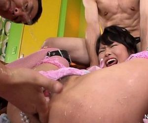 Japanese babe gets filled - 7 min HD