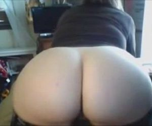 Chubby Teen Spreads Ass for You - more on..