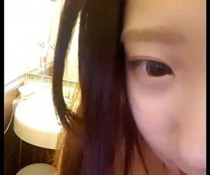 Sexy asian girl selfshot - 11 sec