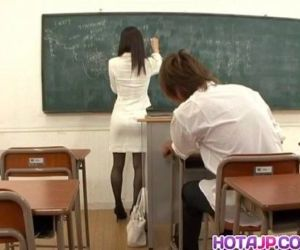 Miho Kanda bonked at school - 10 min
