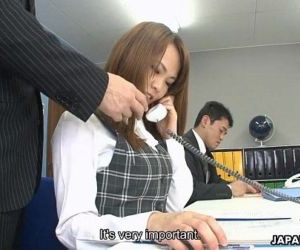 Asian office lady Saki squirting as the fellas stimulate..