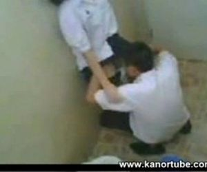 Asian College Student Huli Cam sa CR - www.kanortube.com -..