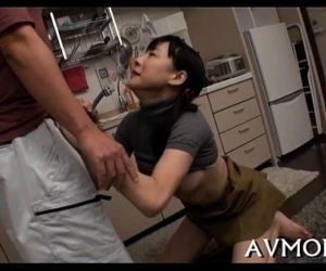 Slutty mamma finger fucking act - 5 min