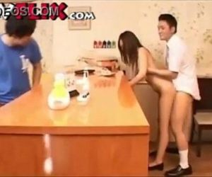Japanese waitress fucked in public restaurant - 5 min