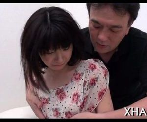 Four asian hotties and two men - 5 min