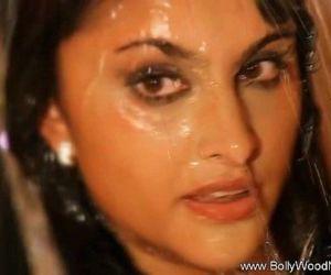 Sexy Hot India - 11 min HD