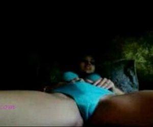 Desi girl fingering her pussy - 2 min